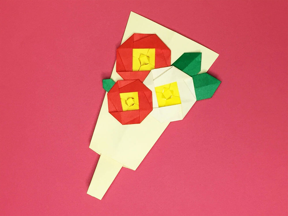 折り紙で折った羽子板