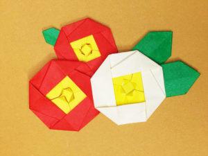 折り紙で折った椿