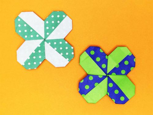 折り紙で折ったクローバー
