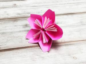 折り紙で折った桜