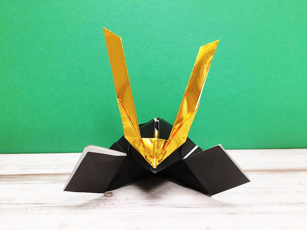 折り紙で折ったかぶと