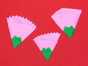 折り紙で折ったカーネーション