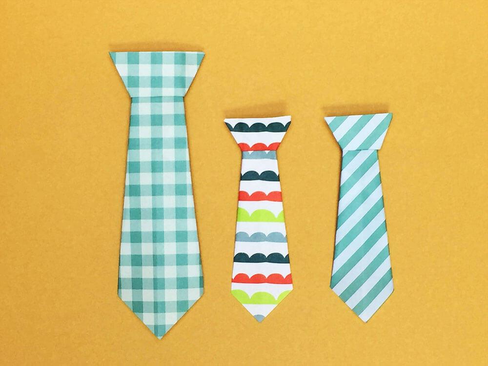 折り紙で折ったネクタイ