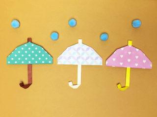 折り紙で折った傘