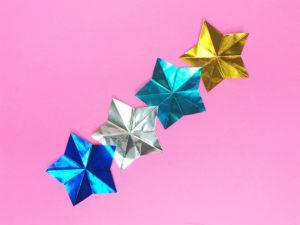 折り紙で折った星つづり