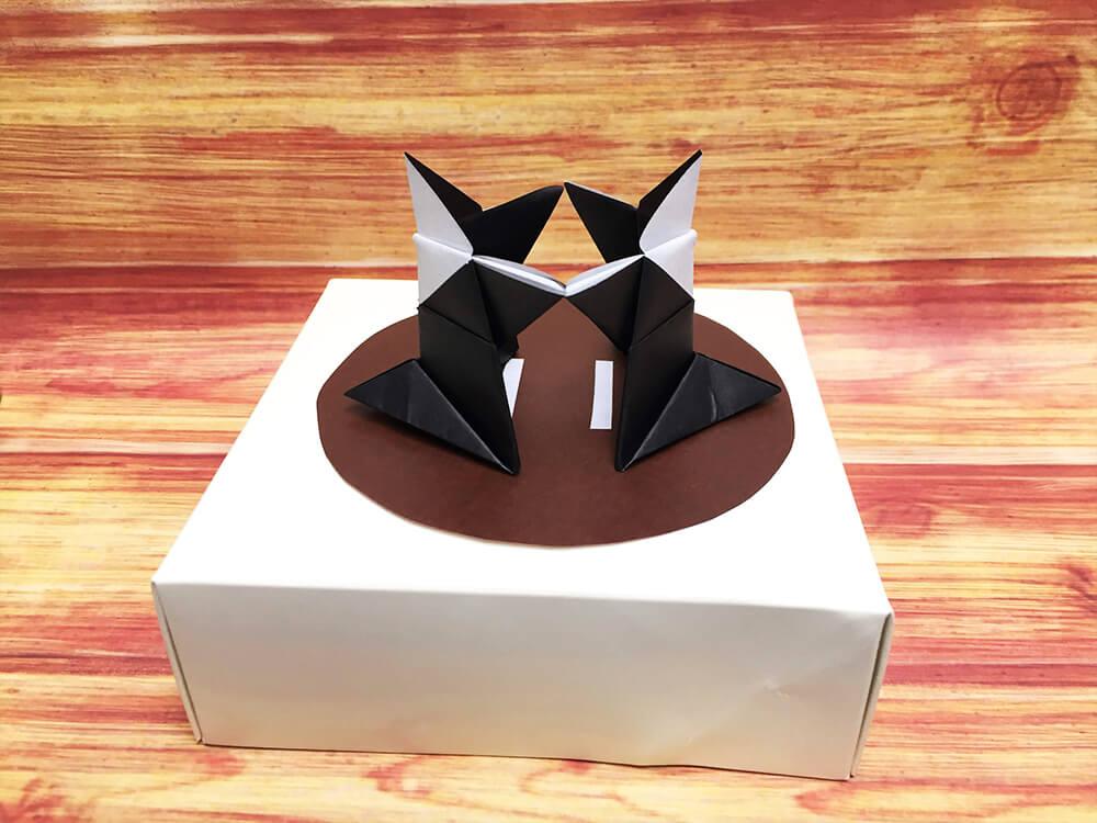 折り紙で折ったトントン相撲