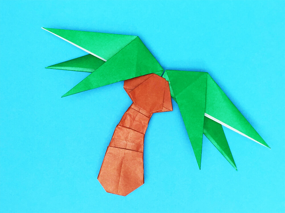 折り紙で折ったヤシの木