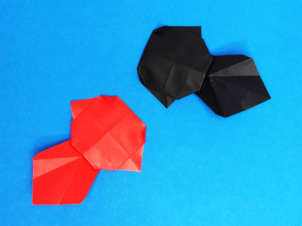 折り紙で折った金魚のコインケース