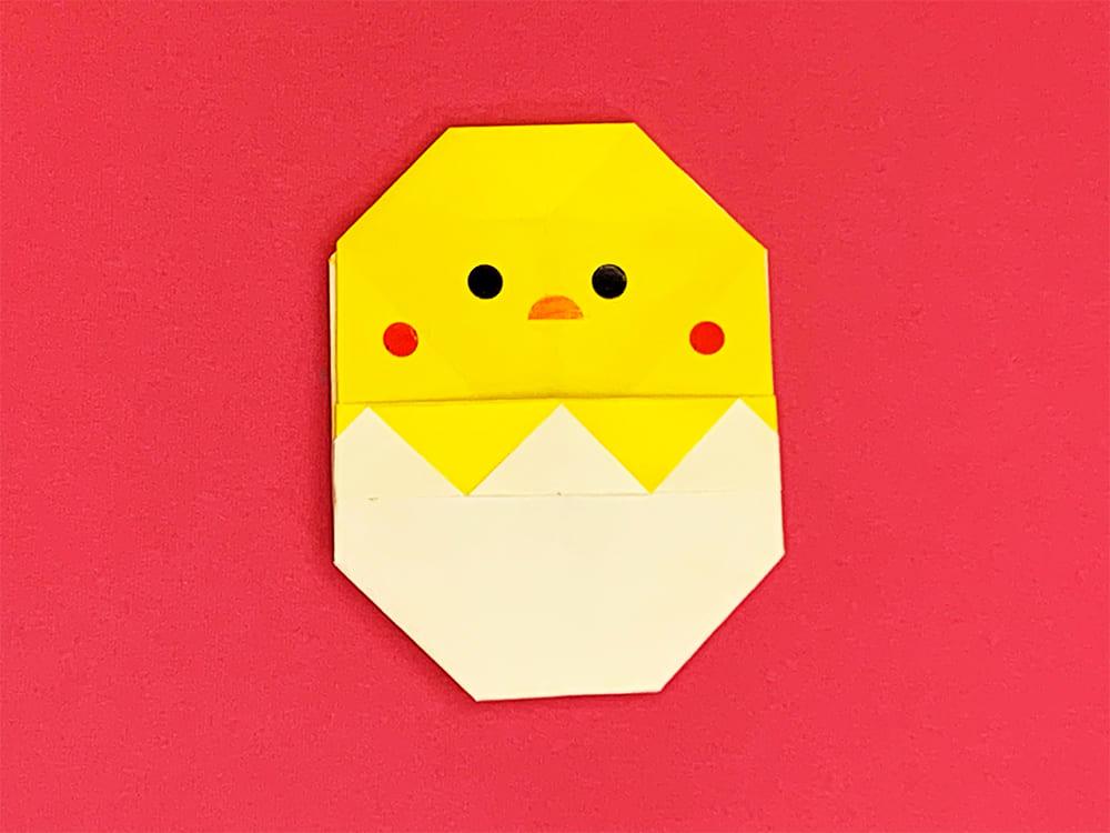 折り紙で作ったひよこ