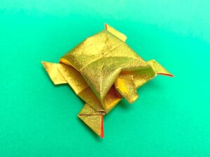 折り紙で折った寿亀